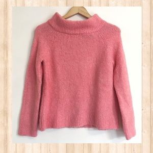 NWT Moth pink fuzzy 3/4 sleeve sweater